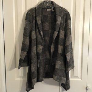 Chicos size 1 gray plaid swing jacket  big pockets